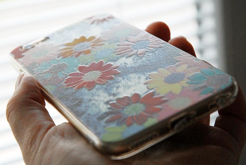 Potisk krytu pro iPhone na UV tiskárně
